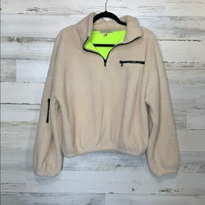 Express Pull Over Size Small